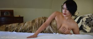 Enda live escorts and thai massage
