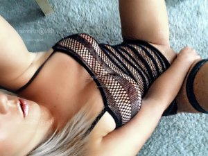 Cristalle nuru massage in Hilliard OH & escort girls